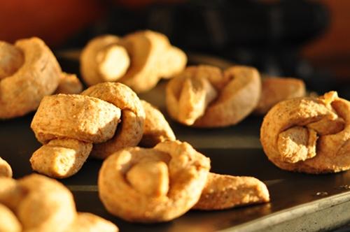 Garlic_bread_knots